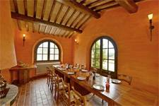 villa in tuscany with restaurant