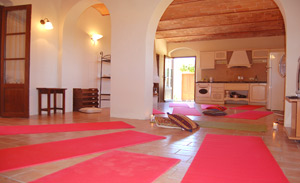 yoga indoor tuscany