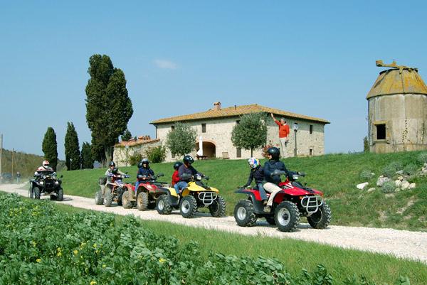 noleggio quad in Villa Toscana