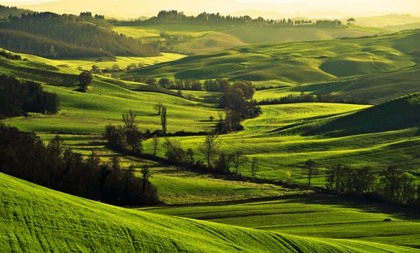 Crete senesi in Toscana a primavera