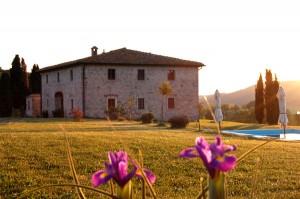 tramonto in un casale del Chianti