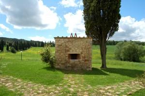 antico forno in pietra del casale in chianti