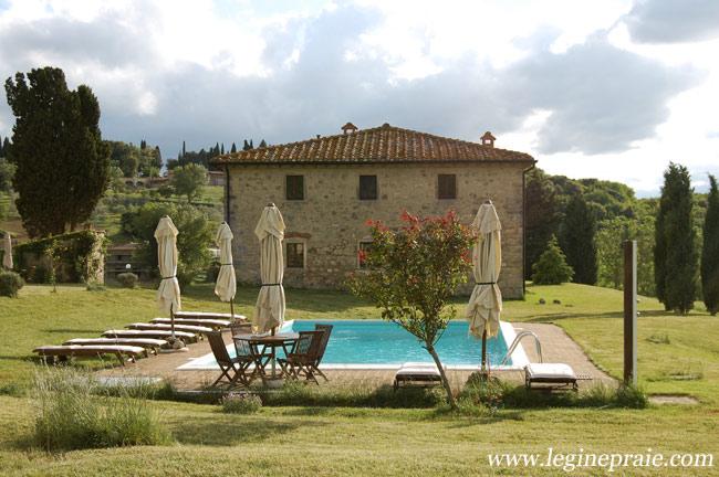 Casale con piscina in Toscana
