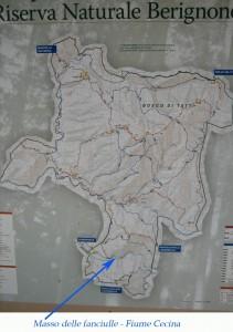 mappa della riserva con il fiume cecina e il masso delle fanciulle