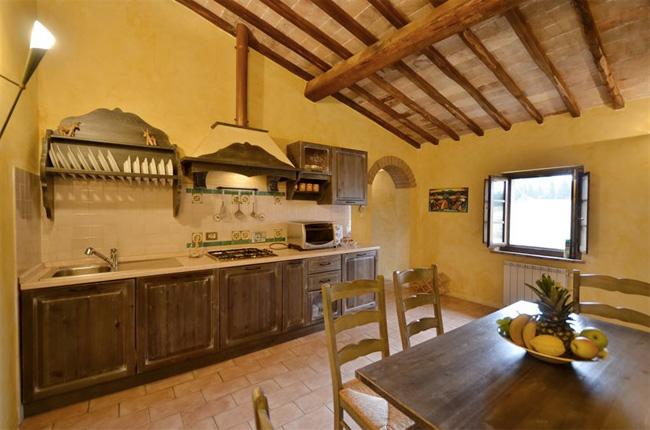 cucina casale in toscana