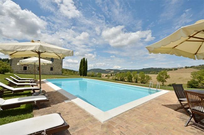 piscina villa toscana vista ovest
