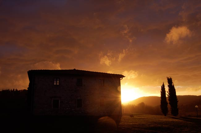 tramonto autunnale in toscana