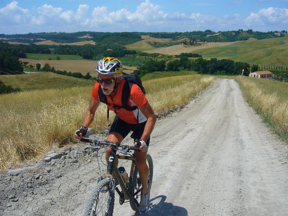 tour bici toscana
