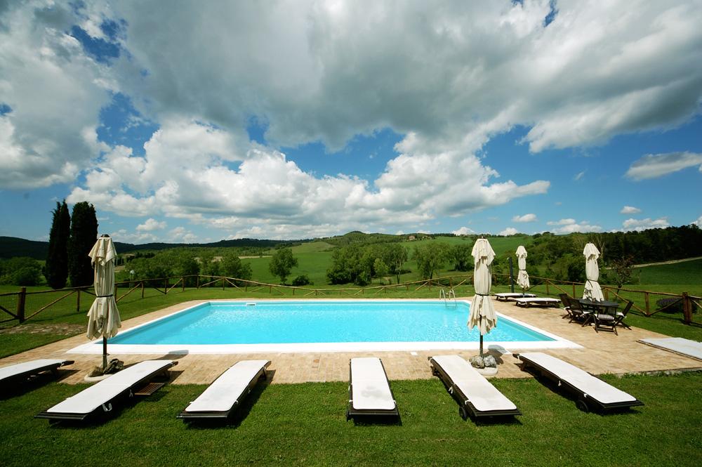 piscina-villa-toscana