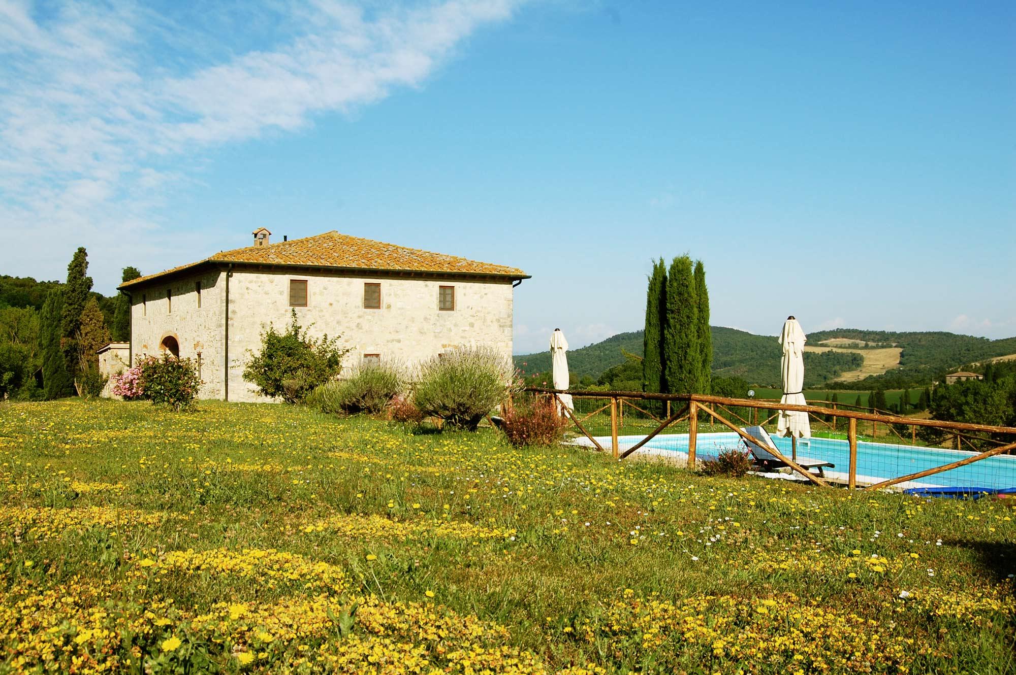 affitto villa in toscana con giardino privato