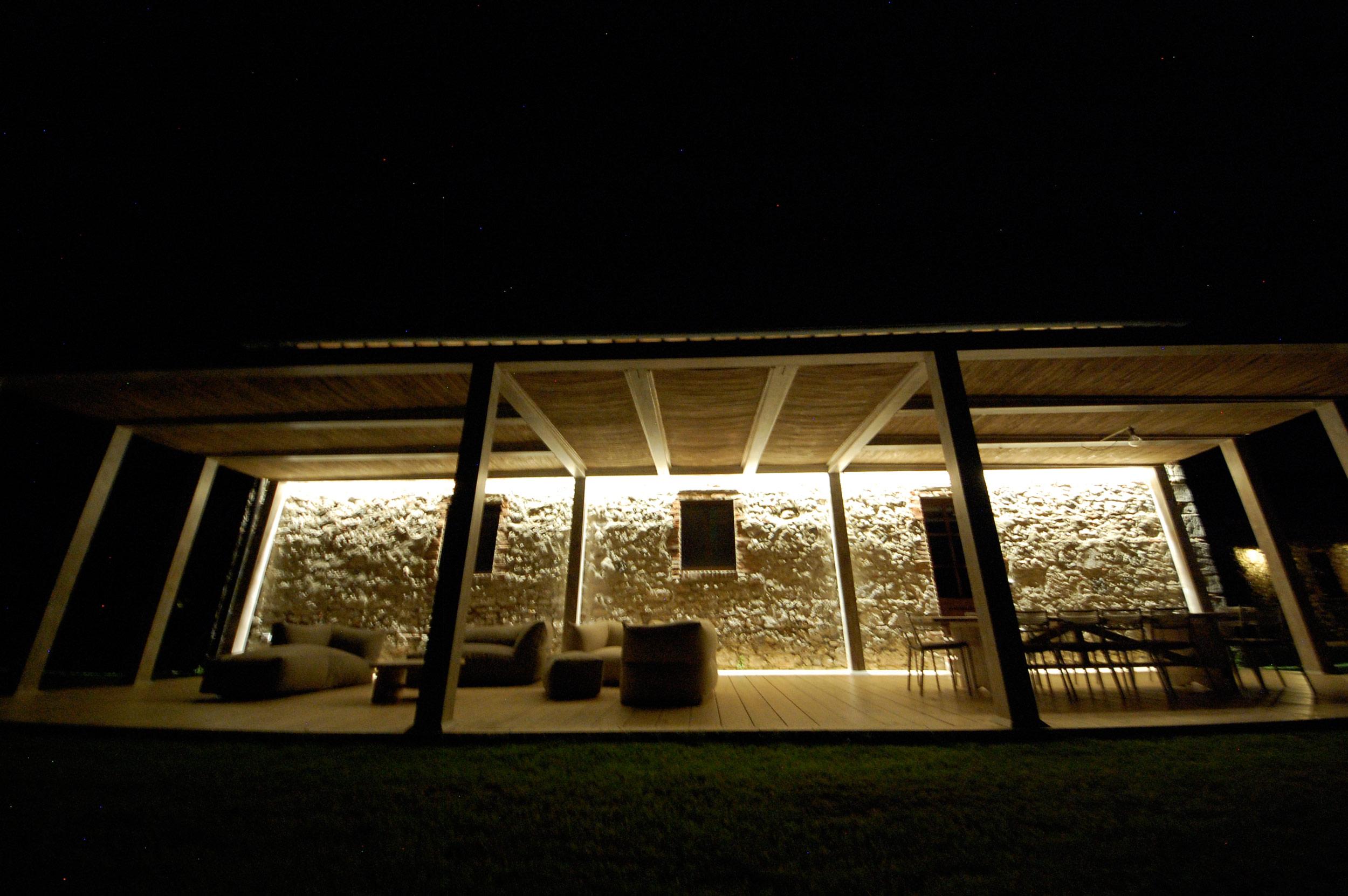 Pergolato Villa Toscana illuminazione Notturna