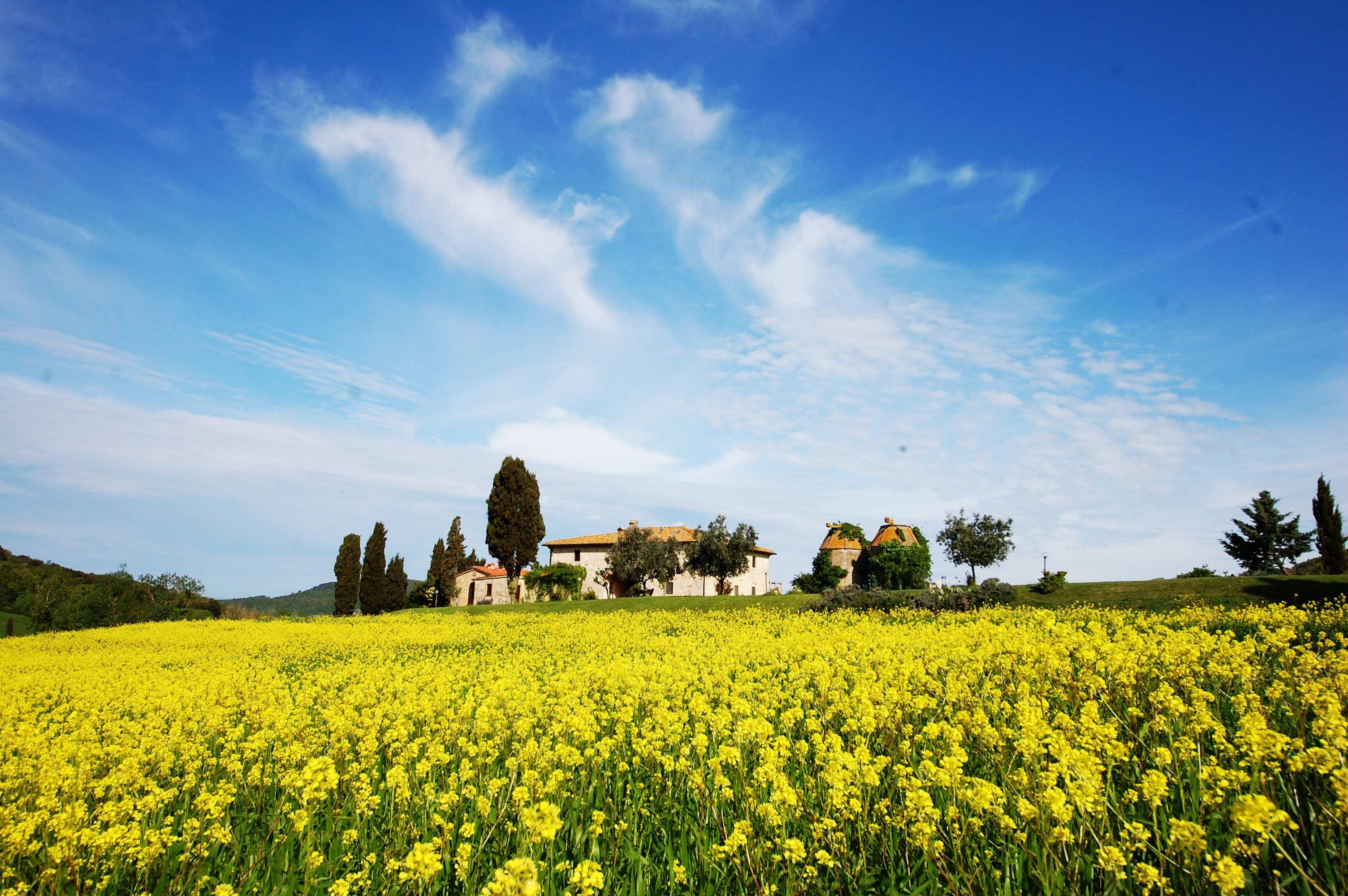 casolare in Toscana