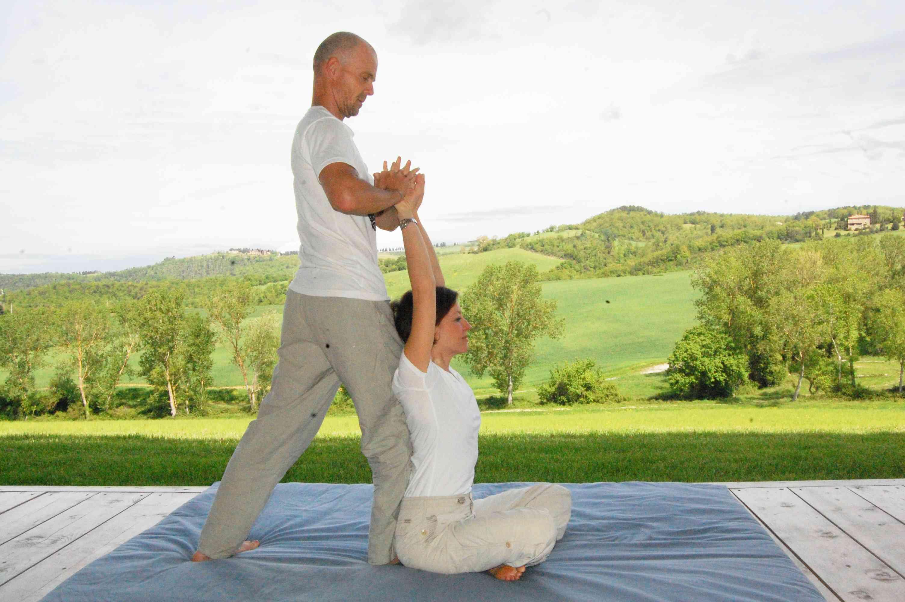 massaggi thai nel casale toscano