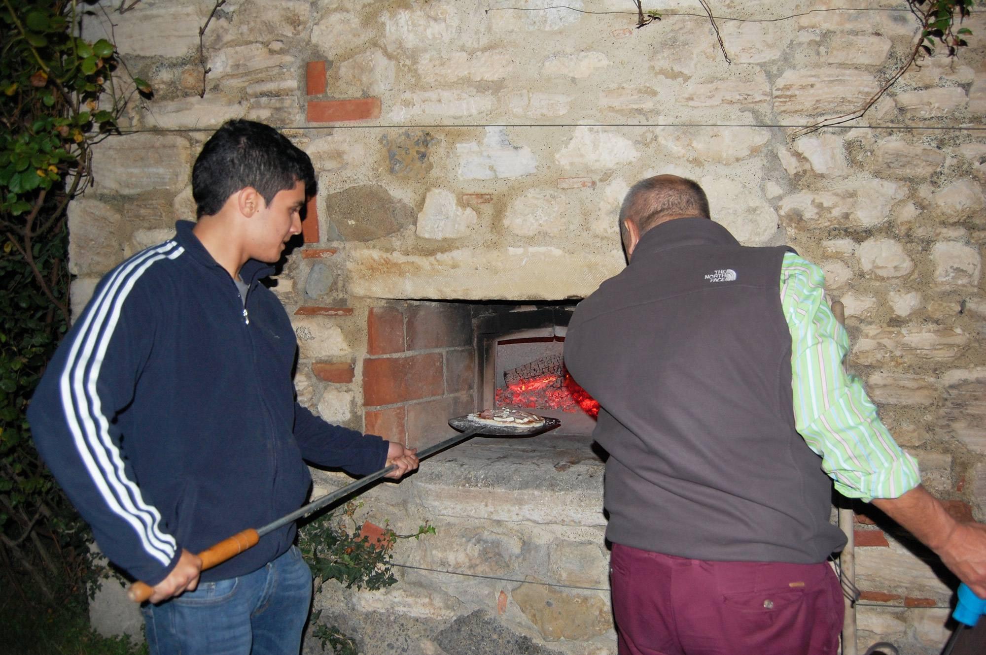 pizza forno in pietra villa toscana