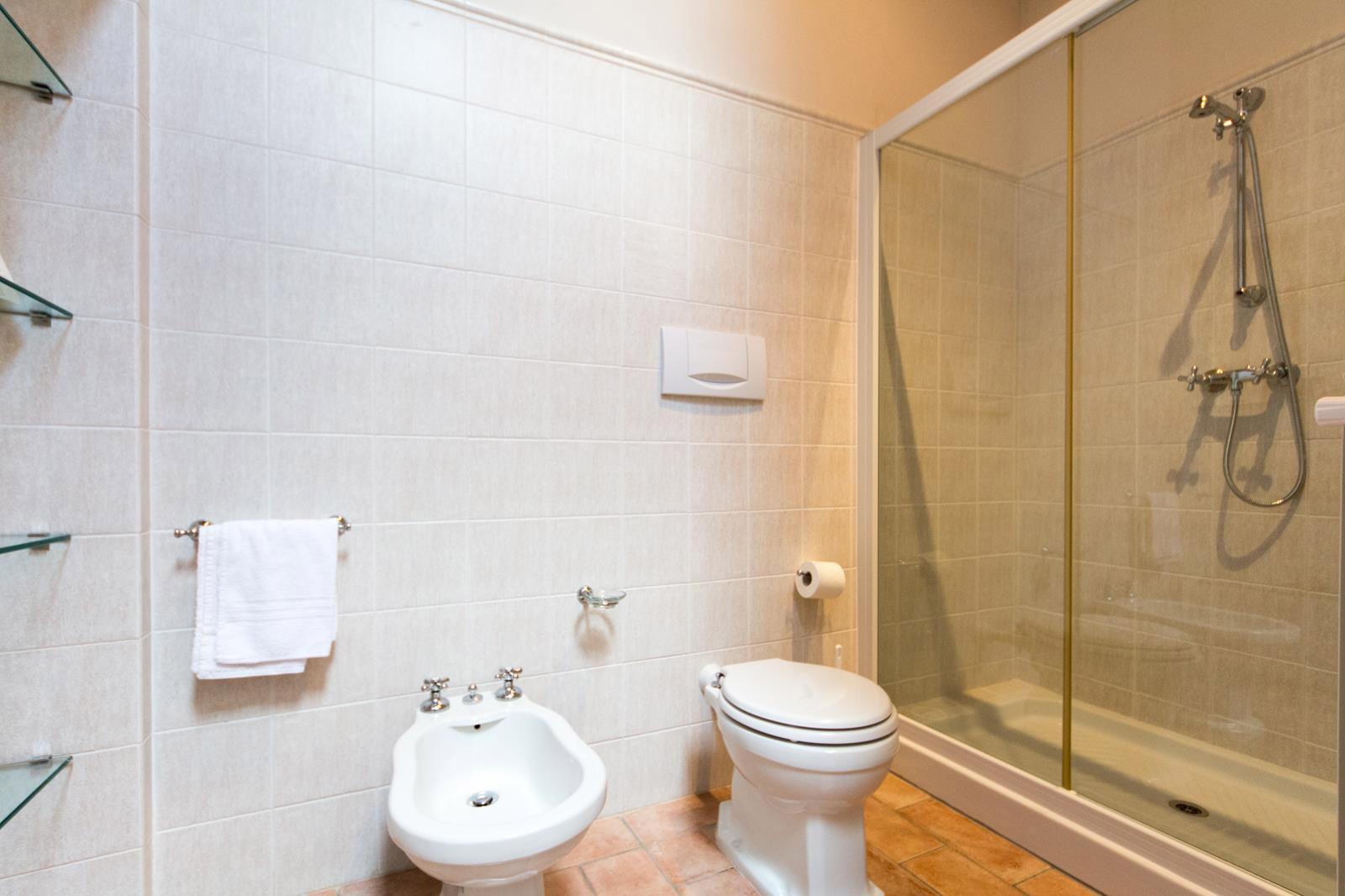 bagno del primo piano villa
